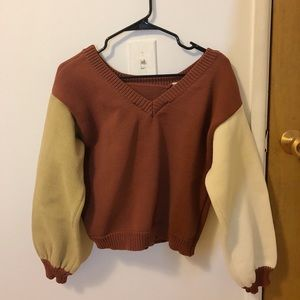 Sweaters - Japanese sweater with different colored sleeves